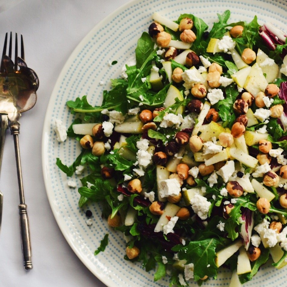 Rocket and Radichio Salad with Pear and Hazelnuts
